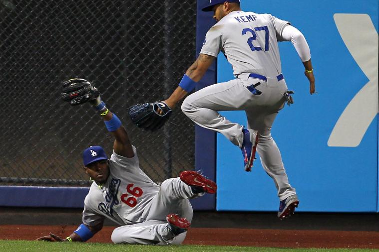 Yasiel Puig Makes an Incredible Diving Catch to Rob Mets Shortstop of RBI