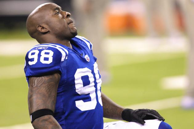 How the Indianapolis Colts Will Survive Robert Mathis' Suspension