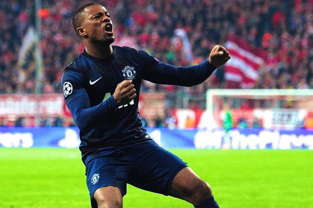Patrice Evra Extends Contract with Manchester United