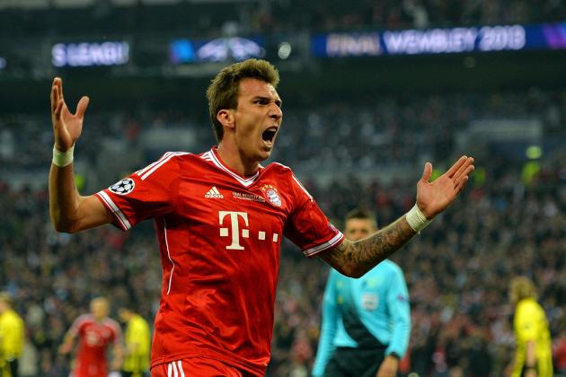 Arsenal Transfer News: Latest on Mario Mandzukic, Lukas Podolski, Tom Cleverley
