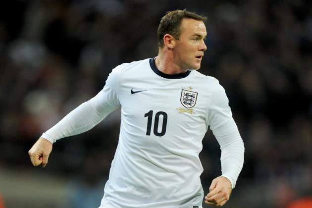 Hodgson Should Consider Dropping Rooney for the Sake of England's Balance