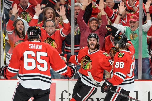 Chicago Blackhawks' New Line 'Discovery' Gives the Team New Life