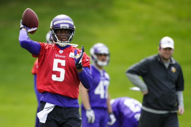 Breaking Down the Vikings Quarterback Competition as OTAs Begin