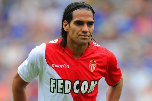 Chelsea Transfer News: Radamel Falcao Open to Move, Filipe Luis Deal Blocked