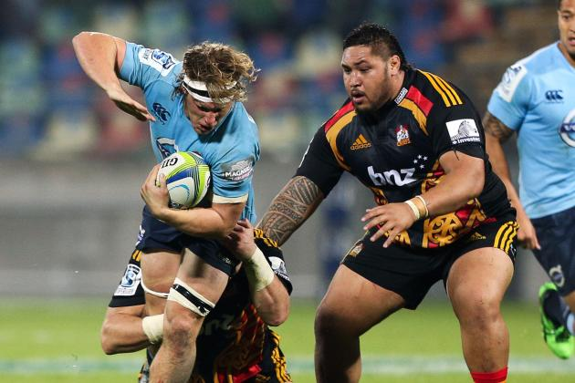 Chiefs' Ben Tameifuna Demolishes Waratahs' Michael Hooper