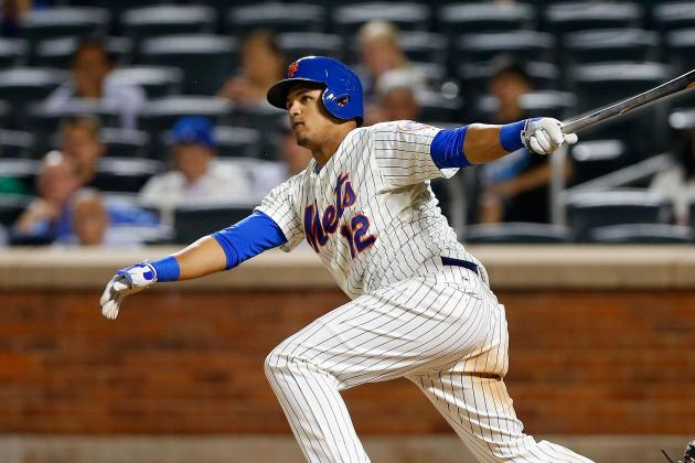 Lagares Exits vs. Phillies with Right Rib Cage Pain