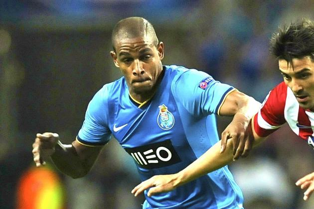 Transfer Move for Fernando Will Bolster Manchester City Options Next Season