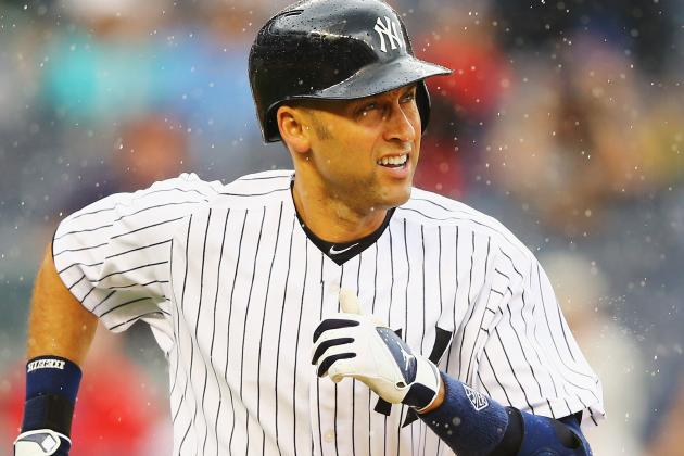 Yankees' Derek Jeter Nearly Gives Fan Fair Ball in Loss to Mariners