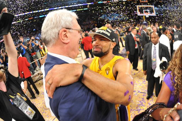 Is Derek Fisher the Coach Phil Jackson Needs to Turn Around New York Knicks?