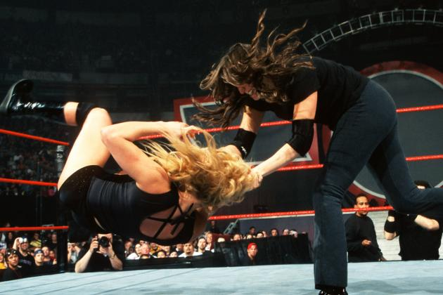 WWE Classic of the Week: Stephanie McMahon vs. Trish Stratus, No Way Out 2001