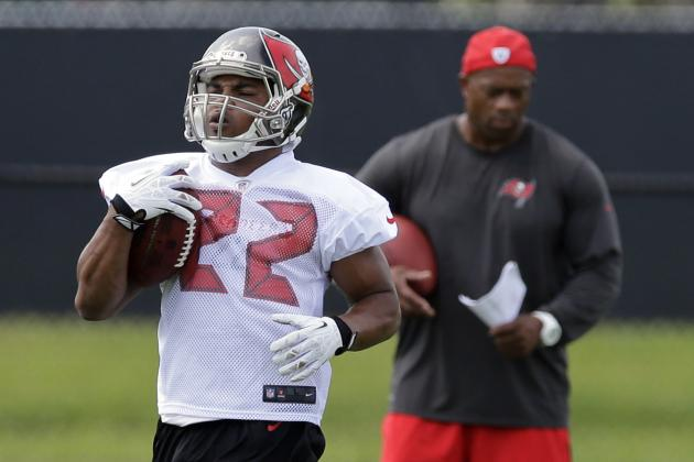 Bucs' Tedford Plans to Alternate Running Backs