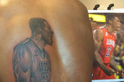 Arizona's Hollis-Jefferson Inks Image of Self on Back