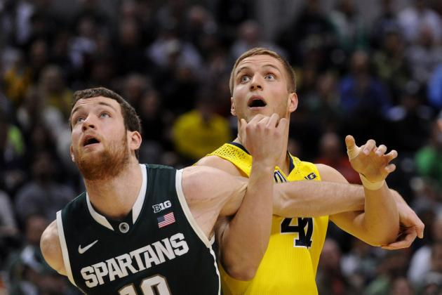 Michigan F Bielfeldt Has Hip Surgery