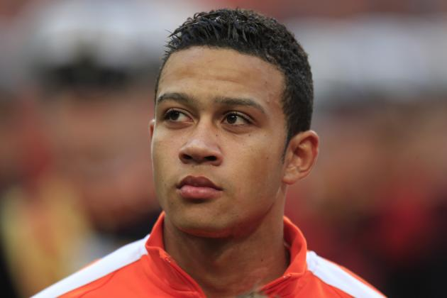 Why Memphis Depay Would Be a Risk for Manchester United