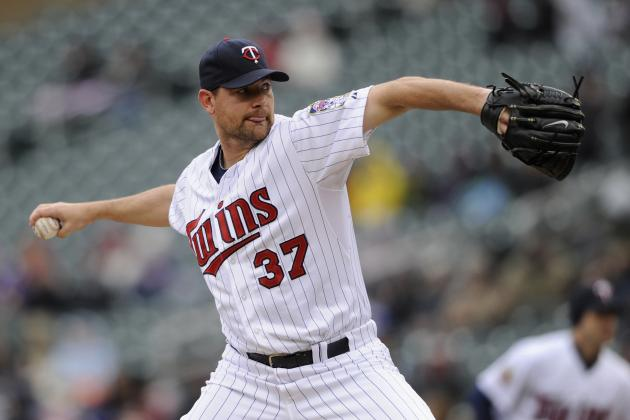 Twins' Pelfrey to Have Elbow Checked out by Dr. James Andrews
