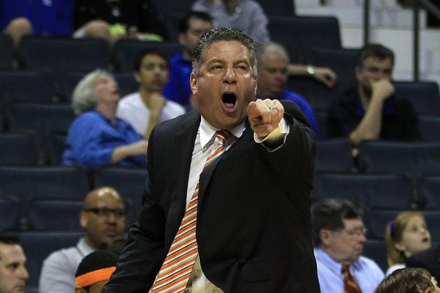 Bruce Pearl Hires Away Memphis Support Staffer