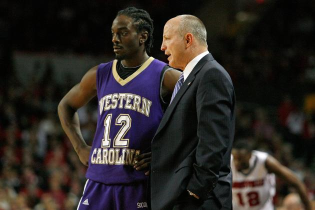 Western Carolina Extends Coach Larry Hunter's Contract