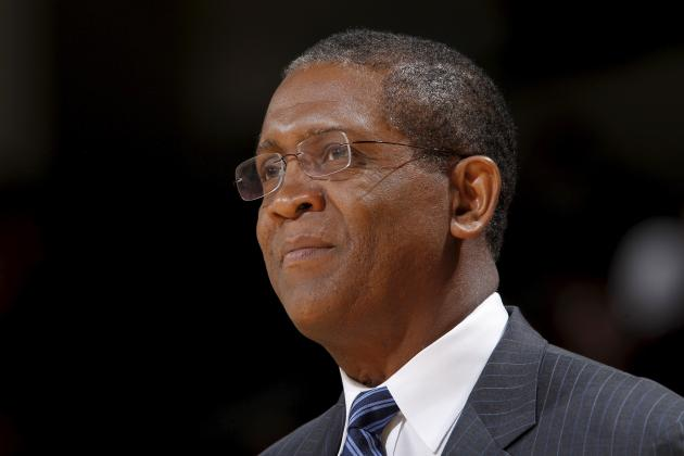 Bill Cartwright, Jerry Stackhouse Among Ex-Players Vying for Asst. Coaching Jobs