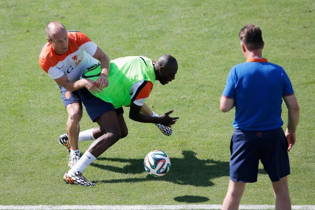 Arjen Robben and Bruno Martins Indi in Heated Clash During Netherlands Training