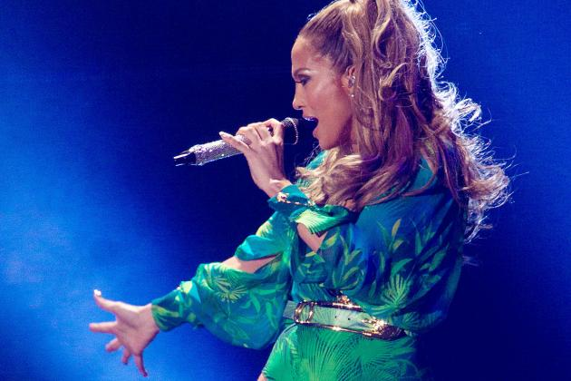 Jennifer Lopez U-Turn, Will Perform at 2014 World Cup Opening Ceremony in Brazil