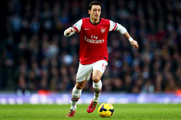 Arsenal's Decision to Ignore Cesc Fabregas Increases the Pressure on Mesut Ozil