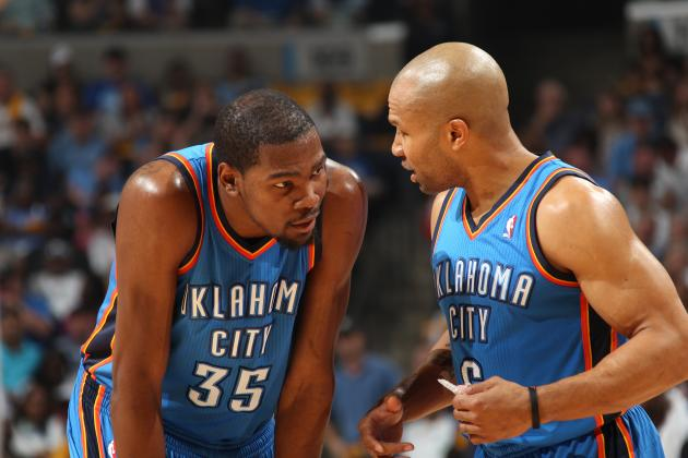 Kevin Durant, Bill Clinton Tweet Congratulations to Knicks Coach Derek Fisher