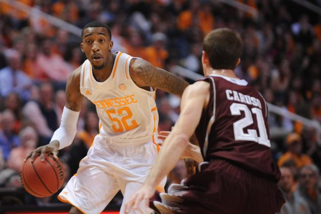 Tennessee Basketball Transfer A.J. Davis Commits to Central Florida