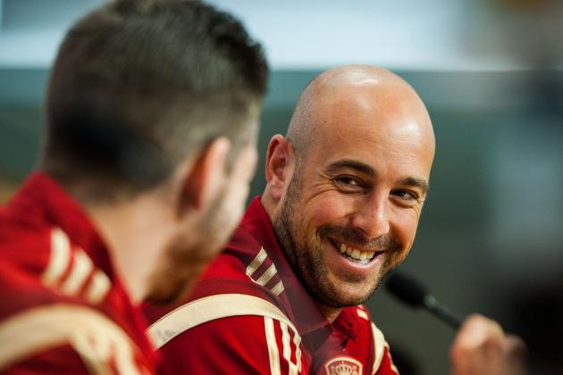 Liverpool Can't Afford to Let Arsenal Strengthen with Pepe Reina Signing