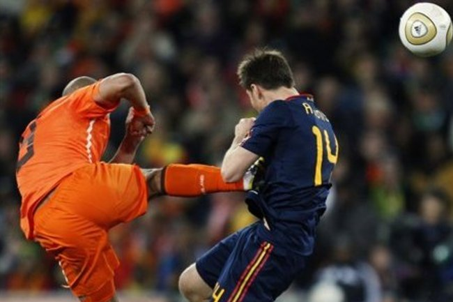 Xabi Alonso Recreates Nigel de Jong World Cup Final Tackle, Bruised and Bandaged