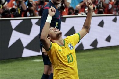 Should Barcelona Follow Brazil's Lead to Get the Best out of Neymar?