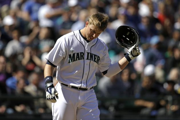 Is It Time for Seattle Mariners to Give Up on Justin Smoak?