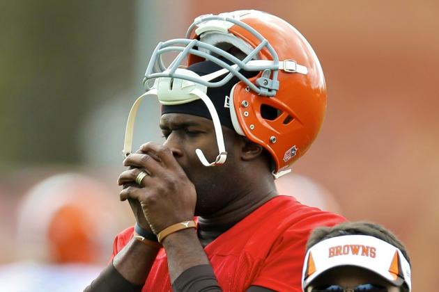 Vince Young Claims He Is Retired From NFL