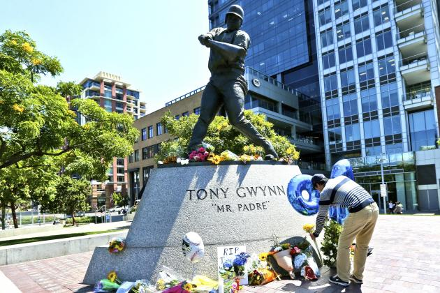 Hall of Famer Tony Gwynn Passes, and There Is a (5.5) Hole in Baseball Universe