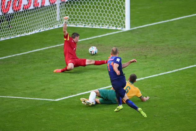 Australia vs Netherlands: Live Score, Highlights for World Cup 2014 Group B Game