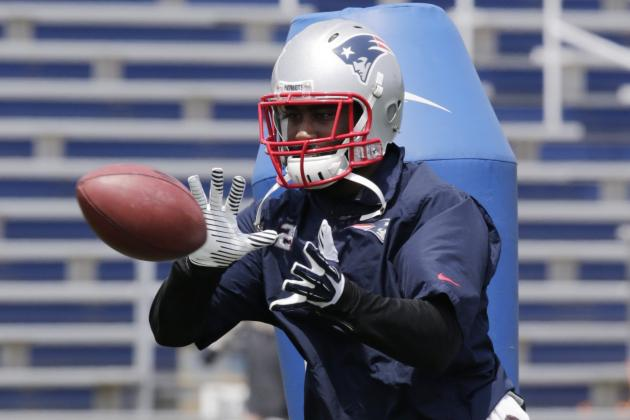 Devin McCourty: Darrelle Revis Buying in to Patriots' Team-First Mentality