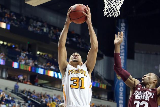 Hampton Adds Tennessee Graduate Transfer Quinton Chievous