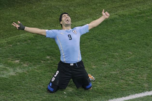 Luis Suarez Taunts Critics in England, Consoles Steven Gerrard After Uruguay Win