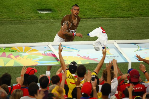 Manchester United Transfer News: Latest on Arturo Vidal and Marouane Fellaini