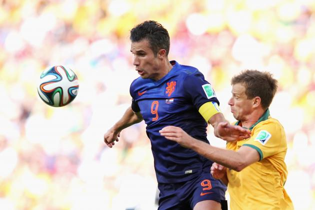 Van Persie: Dutch Must Expect a Hard Time