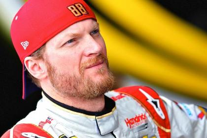 Dale Earnhardt Jr.: Clinches Chase Spot