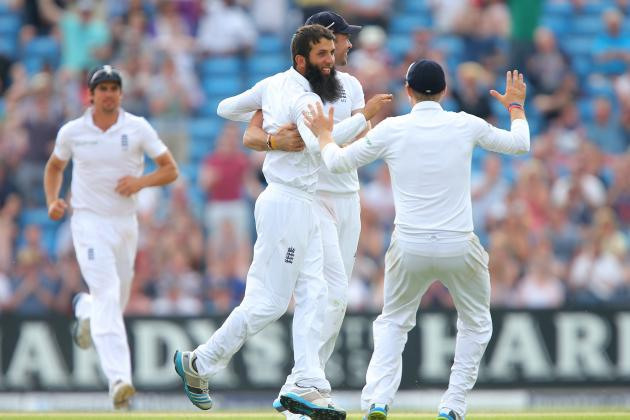 If England Pick Moeen Ali, Alastair Cook Must Trust Him as a Spinner