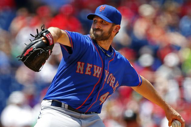 Collins Lets Niese Fight Through Jam