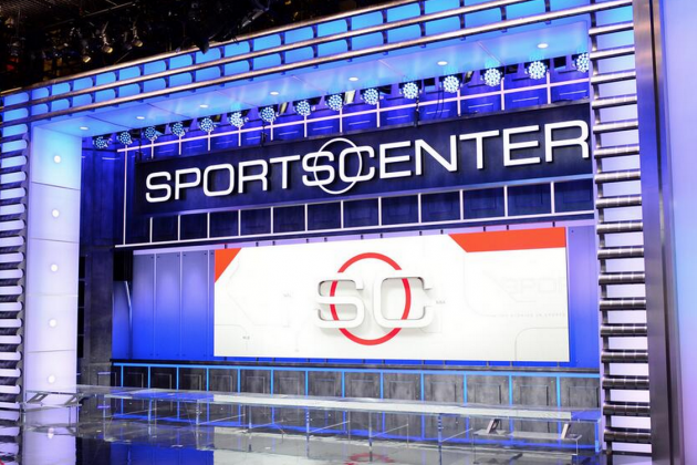 ESPN Debuts New, Ridiculously Futuristic 'SportsCenter' Set