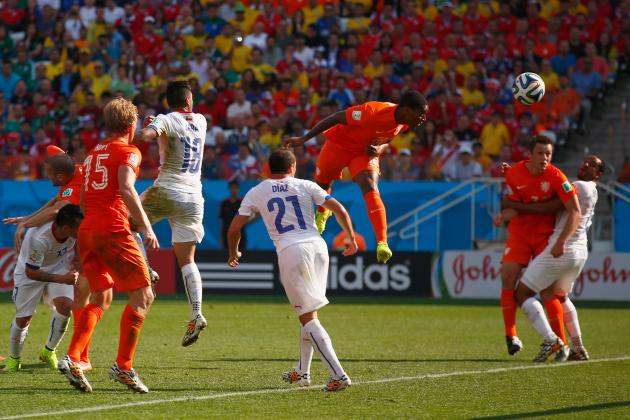 Netherlands vs. Chile: Set Pieces and Quick Counters Topple Sampaoli's Chile