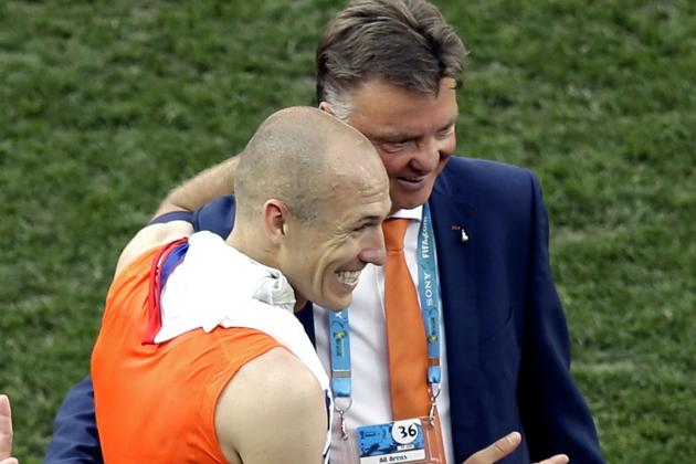 Louis Van Gaal Positive About Netherlands Chances After 2-0 Win over Chile