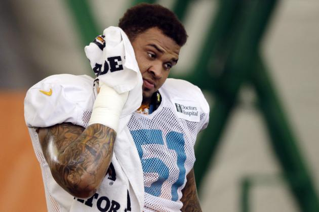 Mike Pouncey Injury Huge Blow to Rebuilt Dolphins' Offensive Line