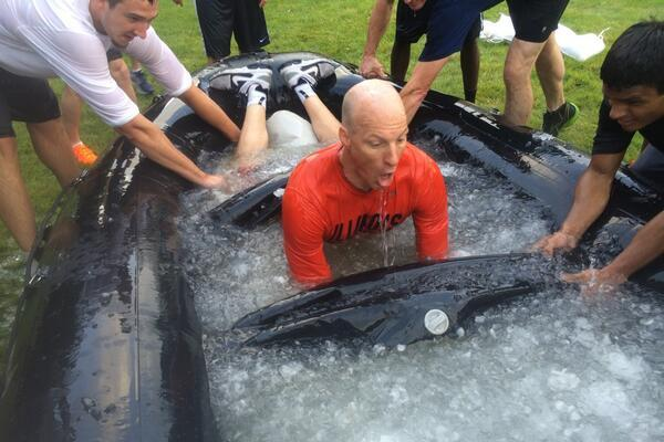 Groce Jumps in a Raft of Ice Water During Offseason Navy SEAL Training