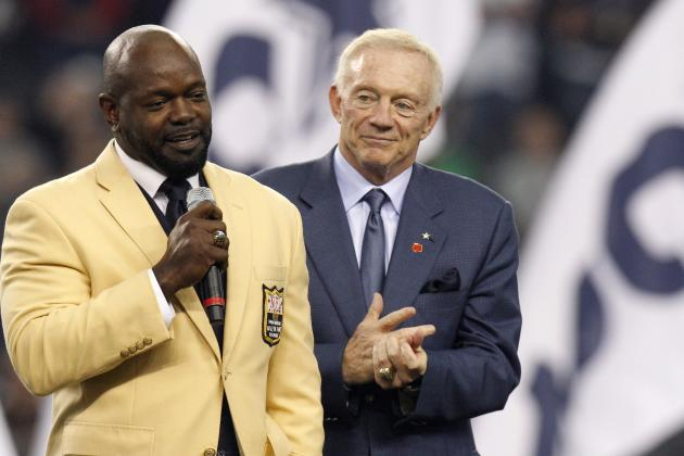 Emmitt: 'I Don't Think Anybody Can Explain Anything That Mr. Jones Is Doing'