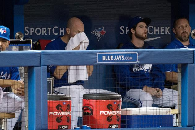 Video: Blue Jays Avoid Dugout Foul Ball, in Pleasing Slow-Mo
