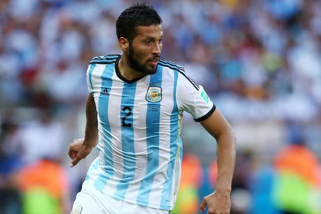 Zenit Sign Argentina's Ezequiel Garay